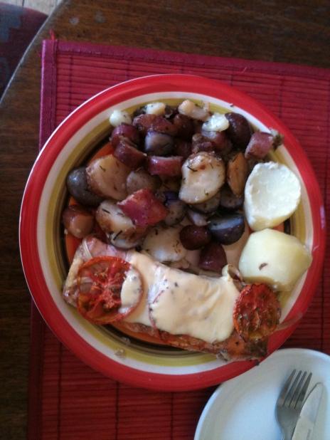 El salmón que comimos con papas nativas. ¿Rico? EL MEJOR QUE HE COMIDO!